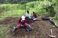Seed-planting-at-Union-Lojana-community-5-Copiar